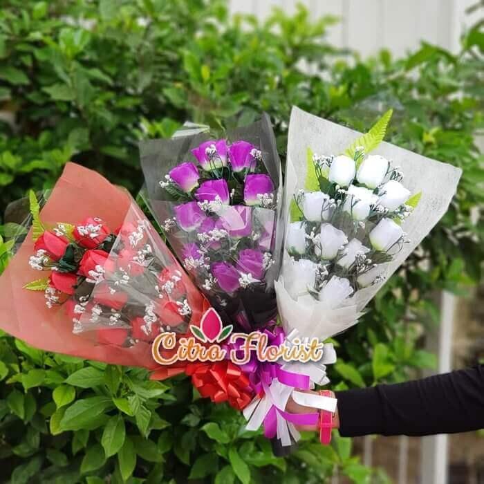 Bouquet Artificial Blossom Roses