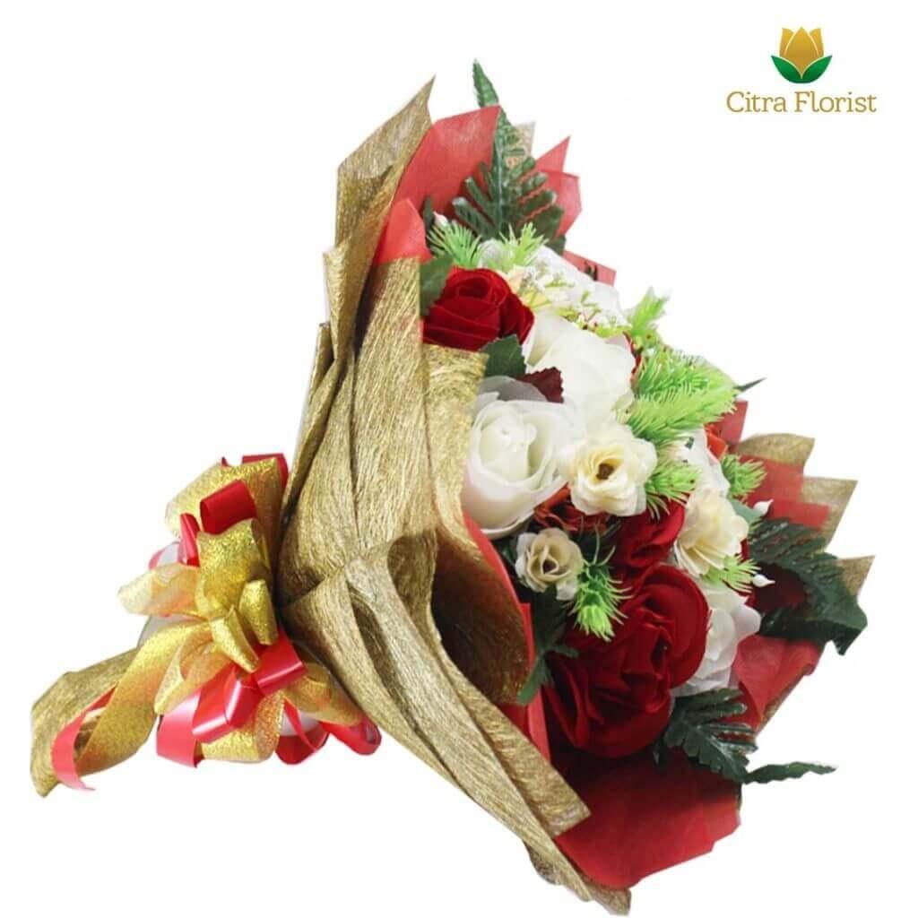 Bouquet Artificial Blossom Gold Roses