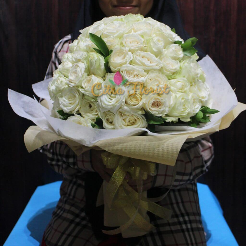 (SBY) Bouquet A Hundred Unconscious Love