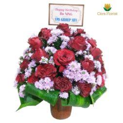bunga meja bulat mawar merah