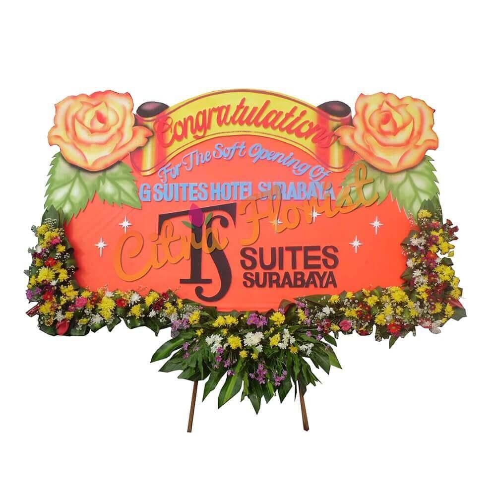(SDA) Papan Bunga Selamat & Sukses Sterofoam 2.5 Meter,  Bunga 3 Titik Bawah & Pita Sterofoam