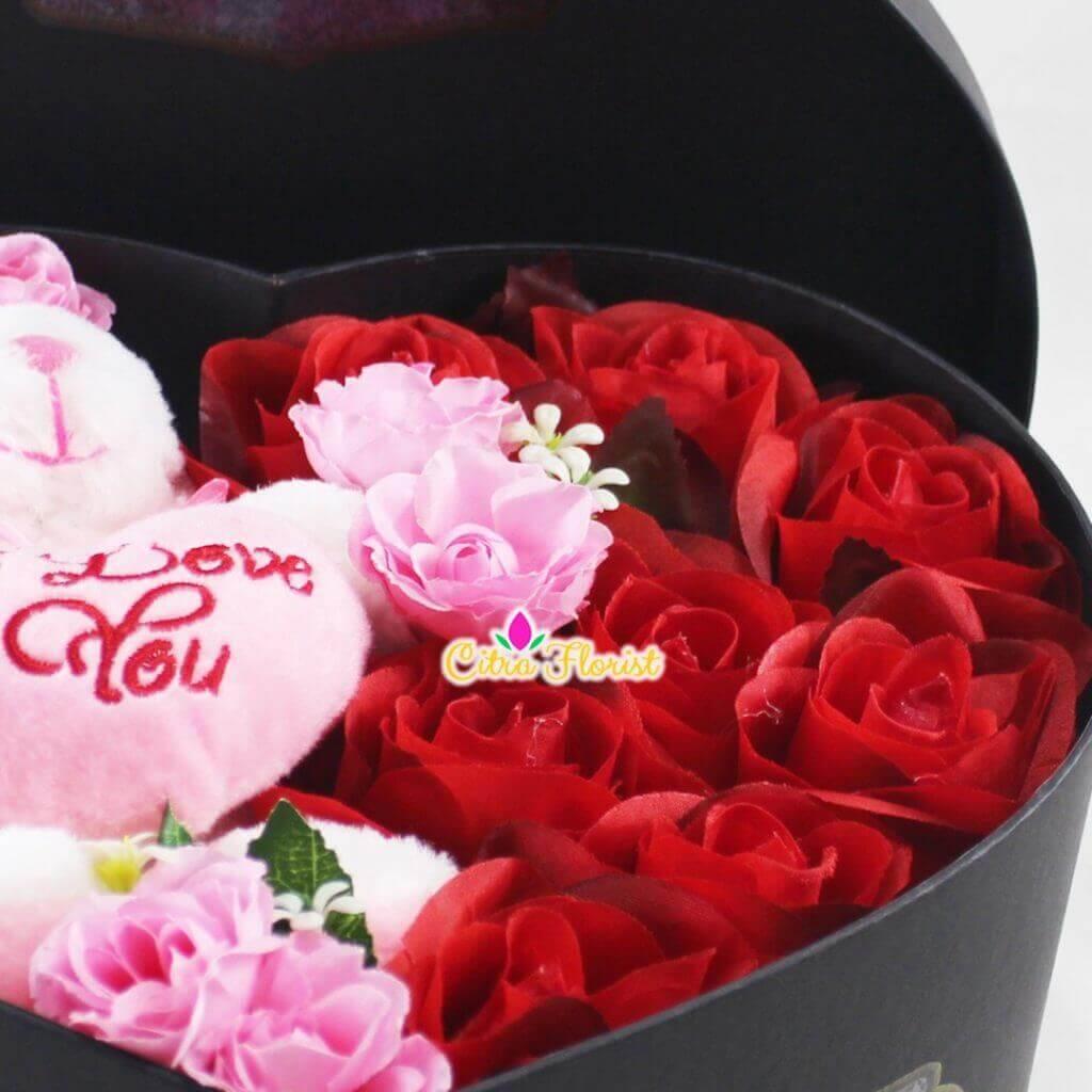 Artificial Flowerbox Sleeping Love Black