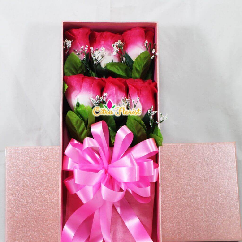 Artificial Flowerbox Roses Rectangle Pink