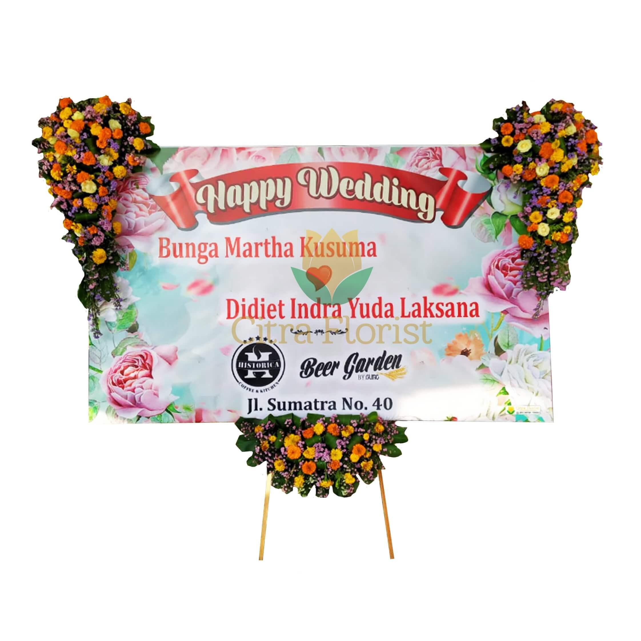 (SBY) Papan Bunga Happy Wedding Banner 3 Meter, Bunga 3 Titik (Kanan Kiri Atas 1 Bawah)
